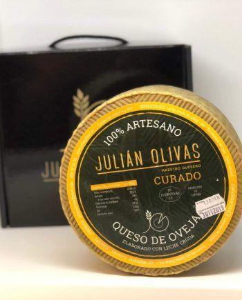 julián olivas curado